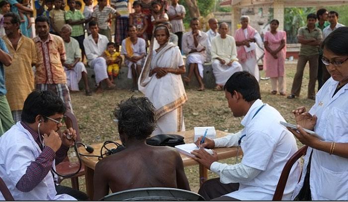 ವೈದ್ಯರಾಗಿ ಈ ಊರುಗಳಲ್ಲಿ ಕೆಲಸ ಮಾಡುವವರಿಗೆ ಜಿಲ್ಲಾಧಿಕಾರಿಯಿಂದ ಬಂಪರ್ ಆಫರ್